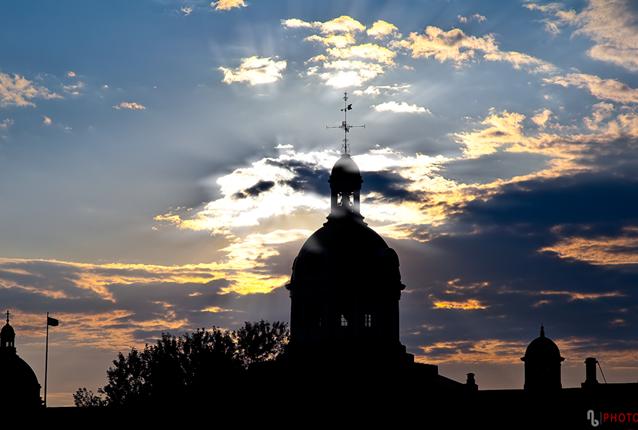 Kingston City Hall, historic downtown Kingston, sunset, dome