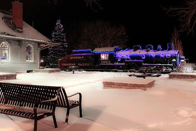 Kingston, confederation basin, Sir John A.train, Christmas lights