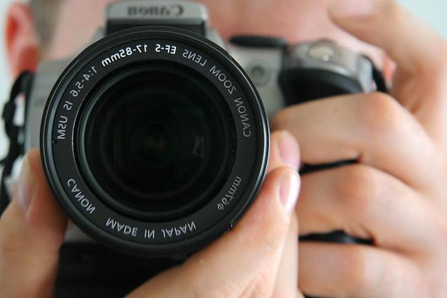 Greatest Photo Contest, Photo Call