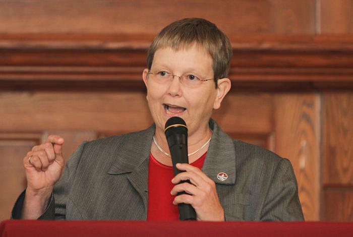 Dorothy Hector, 2014 municipal election, mayor, Kingston, Ontario