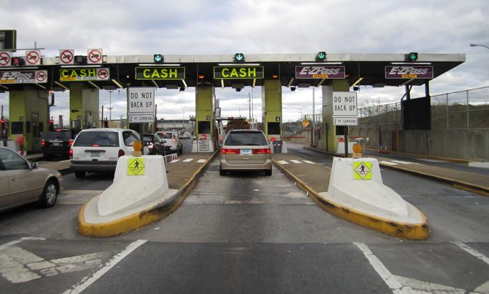 Toll Road, Third Crossing, Kingston, Ontario