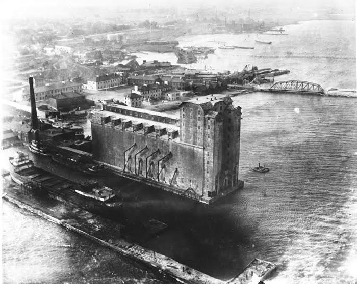 Kingston Harbour, 1920, Ontario