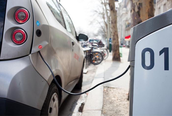 electric car charging stations, fentanyl, naloxone kits, Kingston City Council, Kingston, Ontario