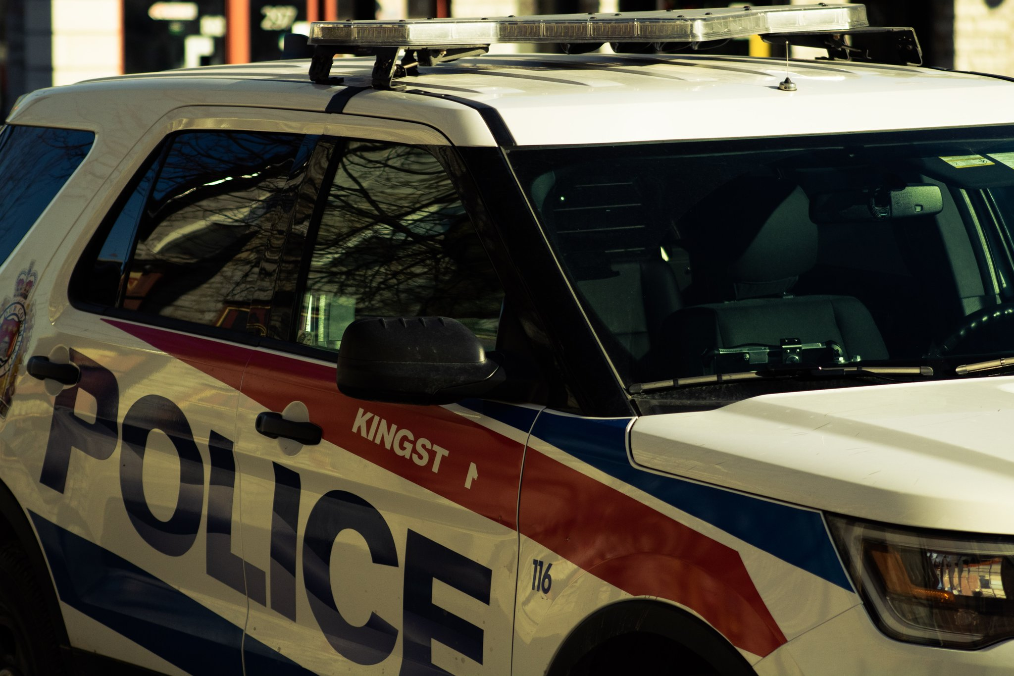 Kingston woman charged with weapon offences and uttering threats