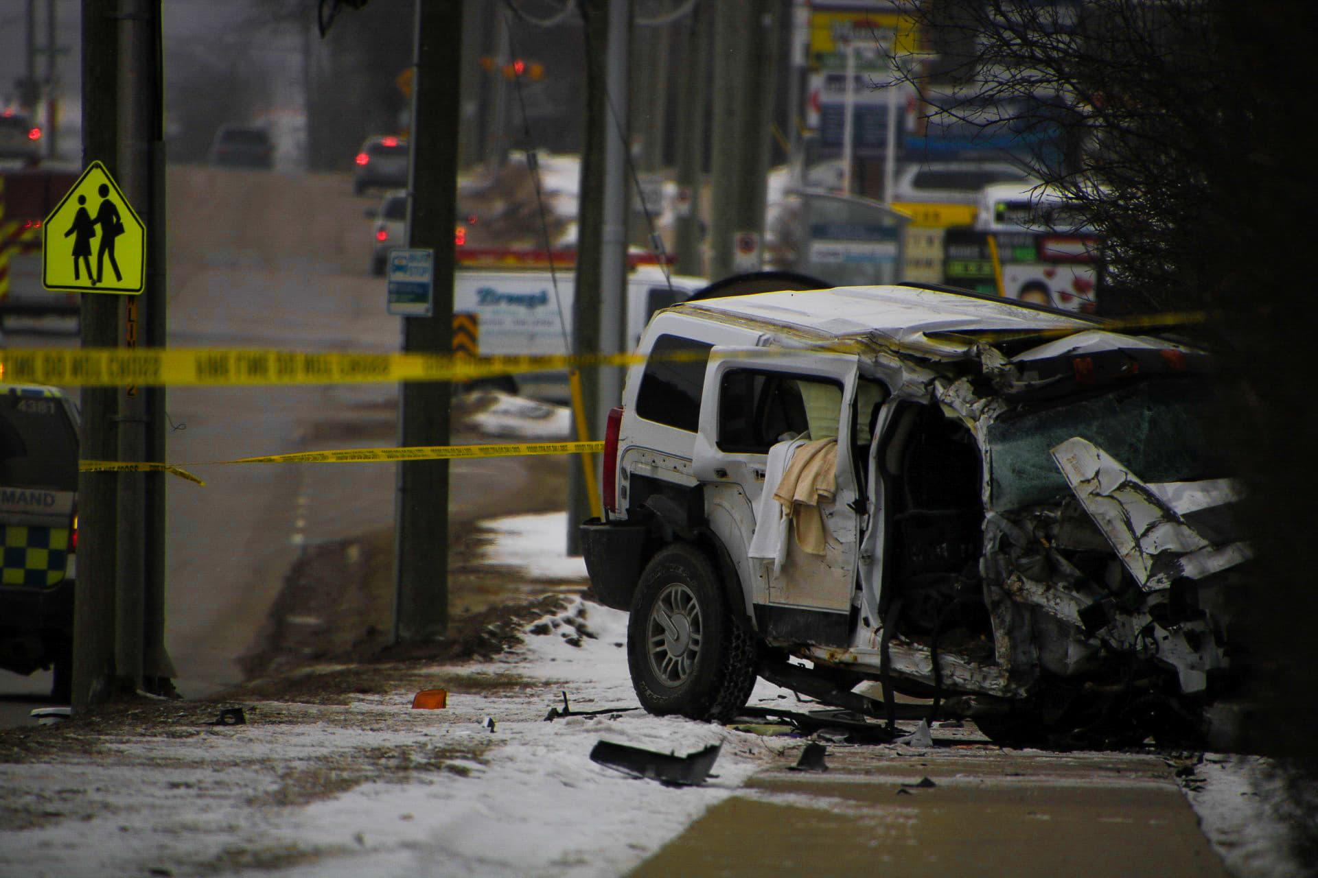 Serious single-vehicle collision closes Bath Road