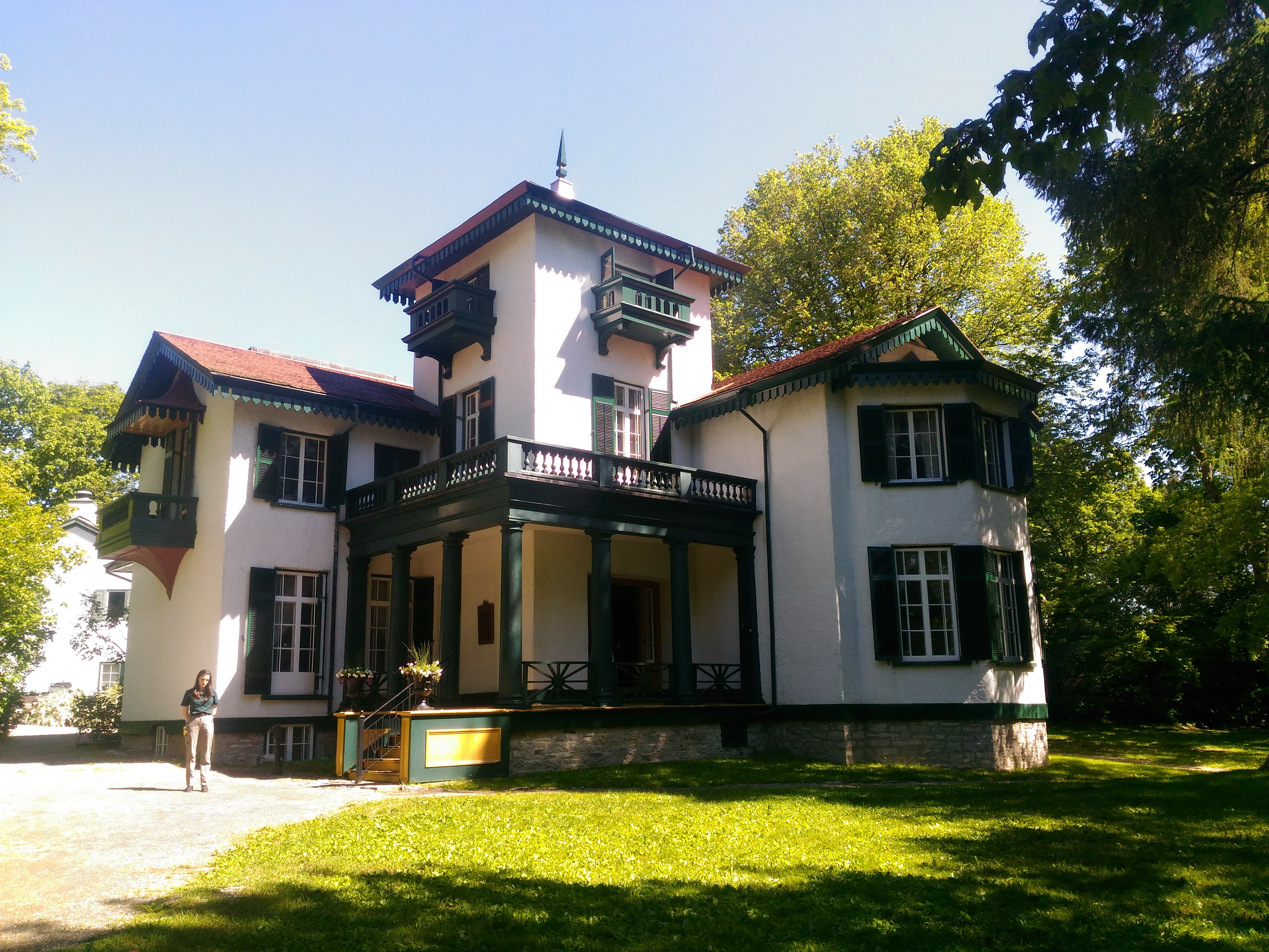 Bellevue House closed for second season